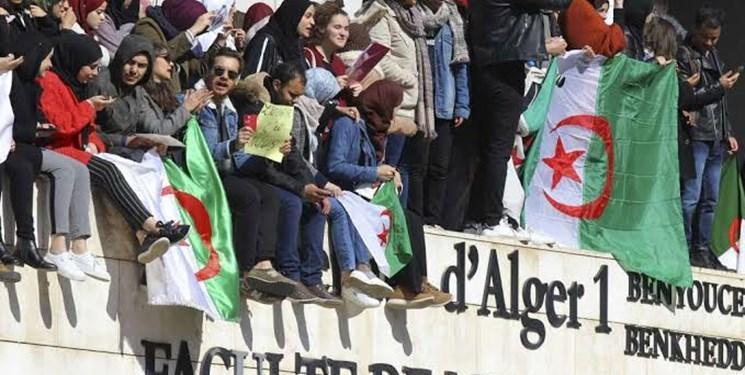 درگیری معترضان با نیروهای امنیتی الجزائر 10 زخمی برجای گذاشت