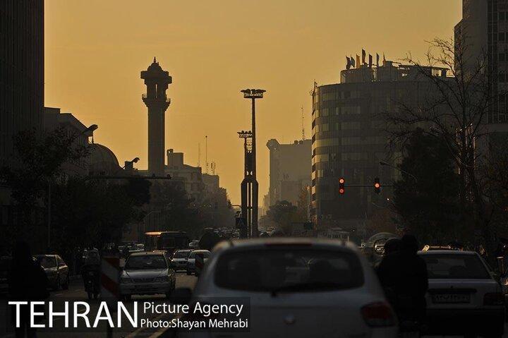 تهران؛ قربانی نبود یورو 5 در خودروسازی و سوخت